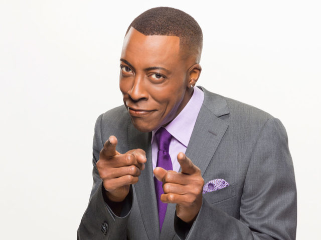 https://cdn.selakentertainment.com/wp-content/uploads/20161104115142/Arsenio-Hall-2-640x480.jpg