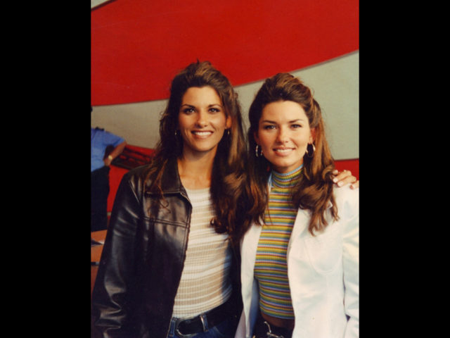 https://cdn.selakentertainment.com/wp-content/uploads/20161221152116/Shania-Twin-6-640x480.jpg