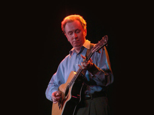 https://cdn.selakentertainment.com/wp-content/uploads/20170428052341/Al-Stewart-5-640x480.jpg