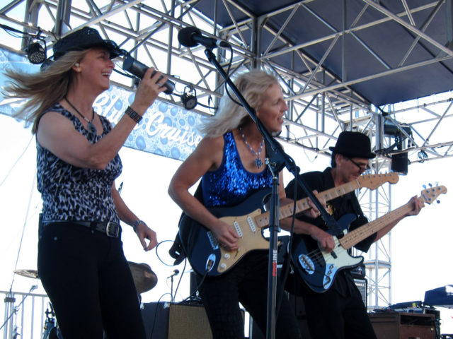 https://cdn.selakentertainment.com/wp-content/uploads/20170428062232/Laurie-Morvan-Band-2-640x480.jpg