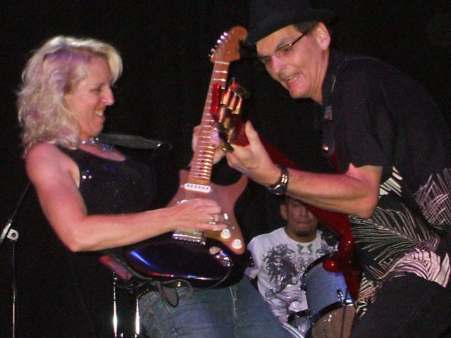 https://cdn.selakentertainment.com/wp-content/uploads/20170428062238/Laurie-Morvan-Band-3-640x480.jpg